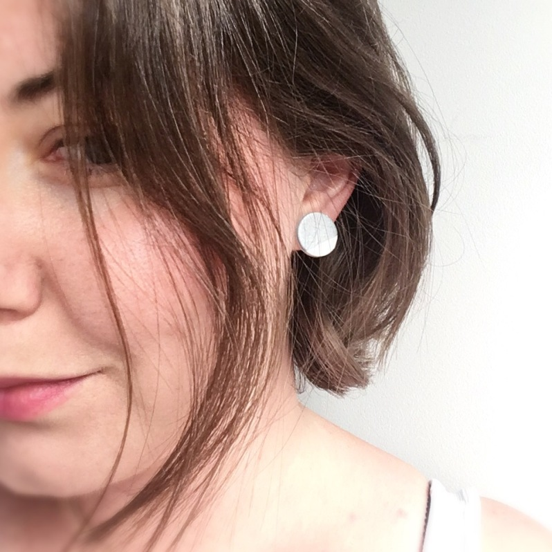 Top 12 Minimalist Earrings Giveaway The Litestyle
